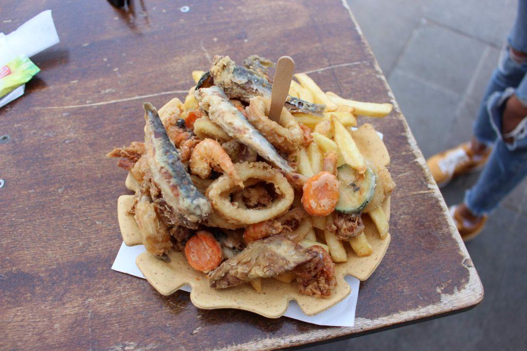 Občerstvení na Buranu
