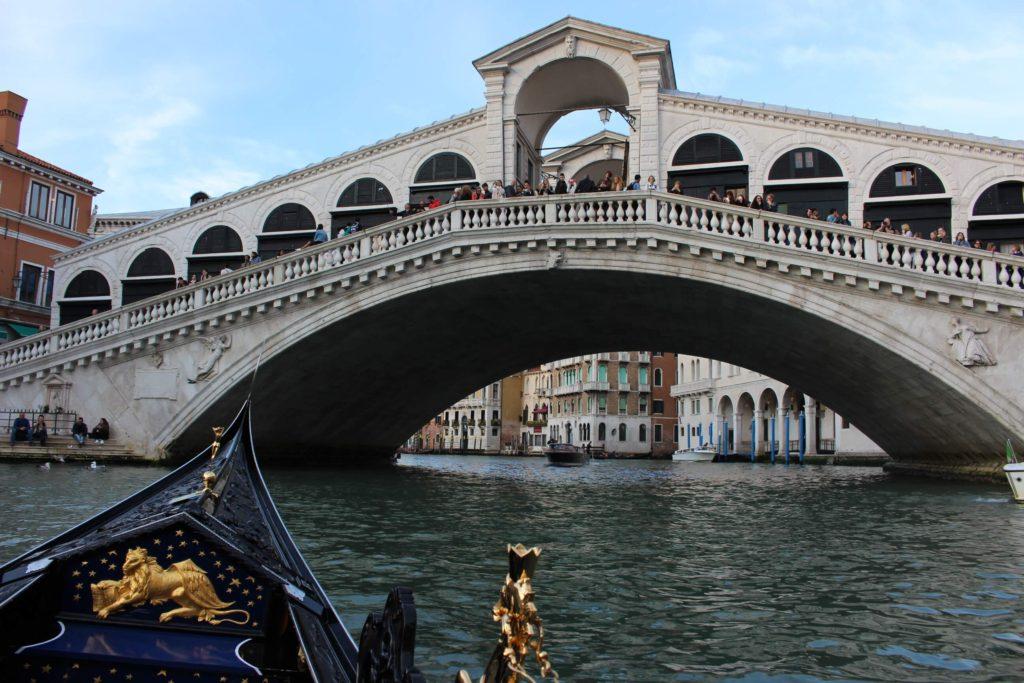 Most Rialto Benátky